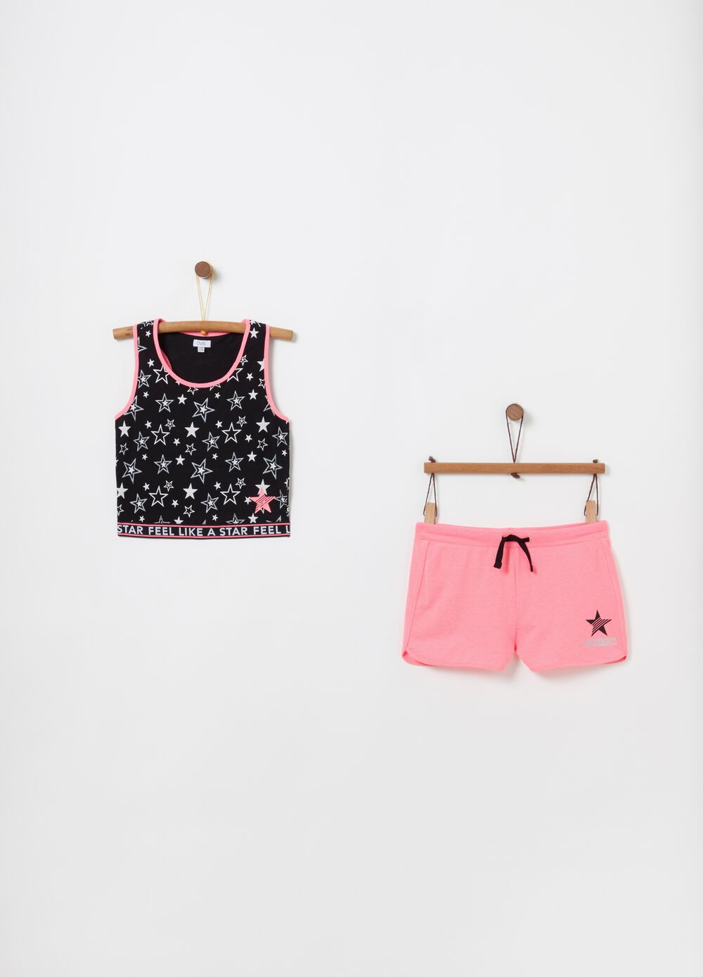 Crop top and shorts jogging set with print