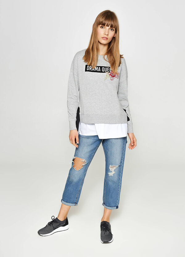 Cotton sweatshirt with print and floral patch | OVS