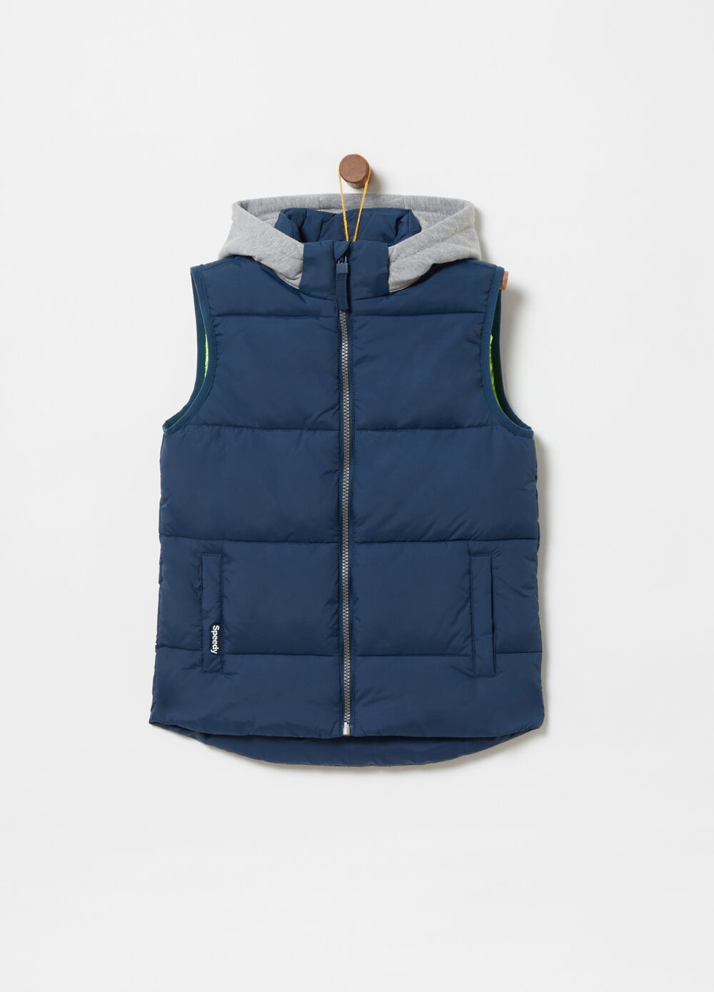 Average-weight padded gilet