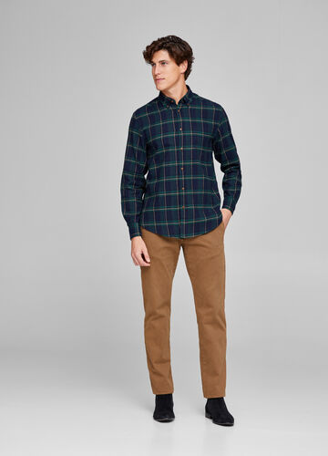 100% cotton shirt with button down collar