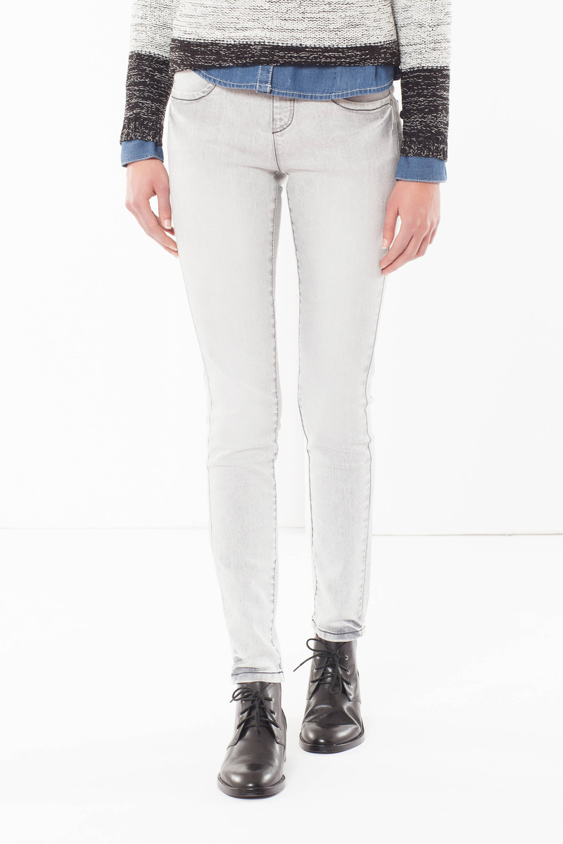 Jeans skinny fit sbiaditi      image number null