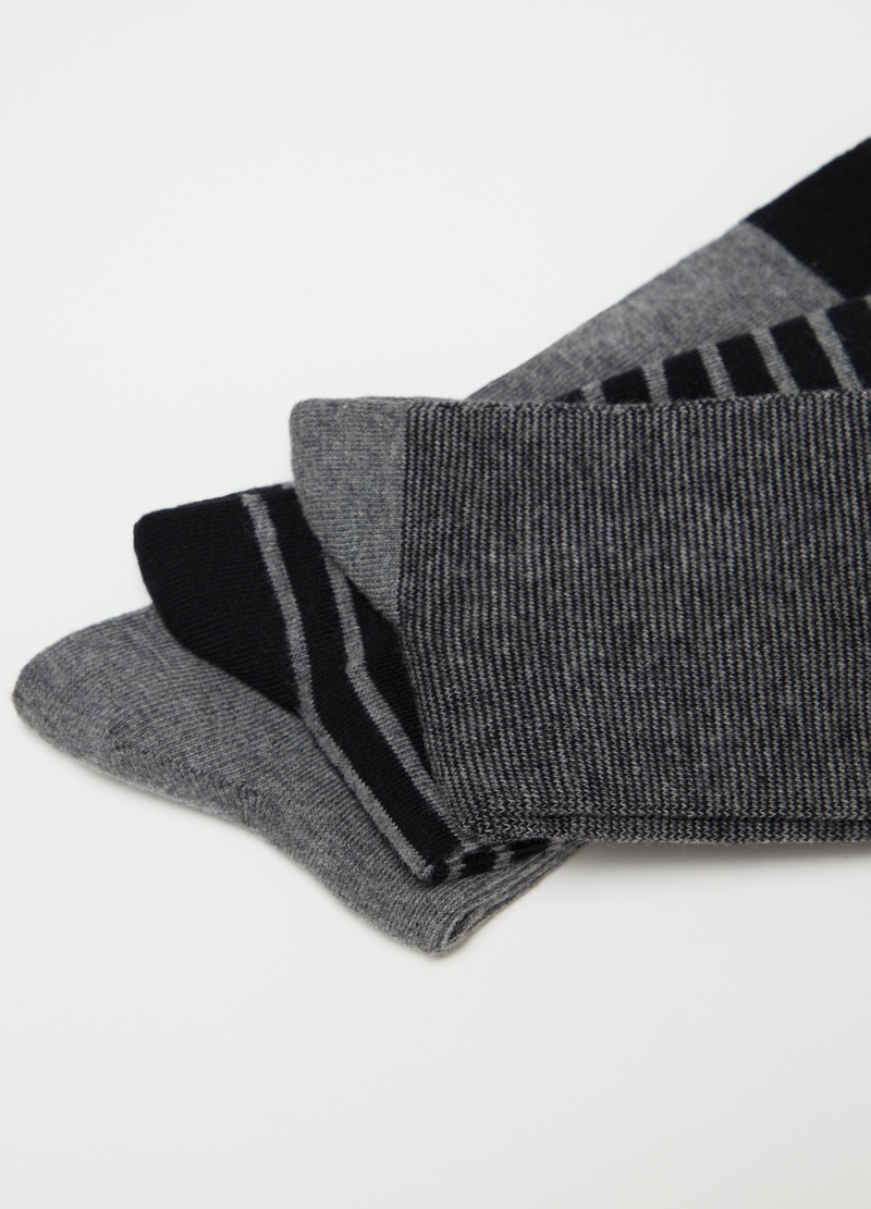 Three-pair pack long socks with pattern image number null