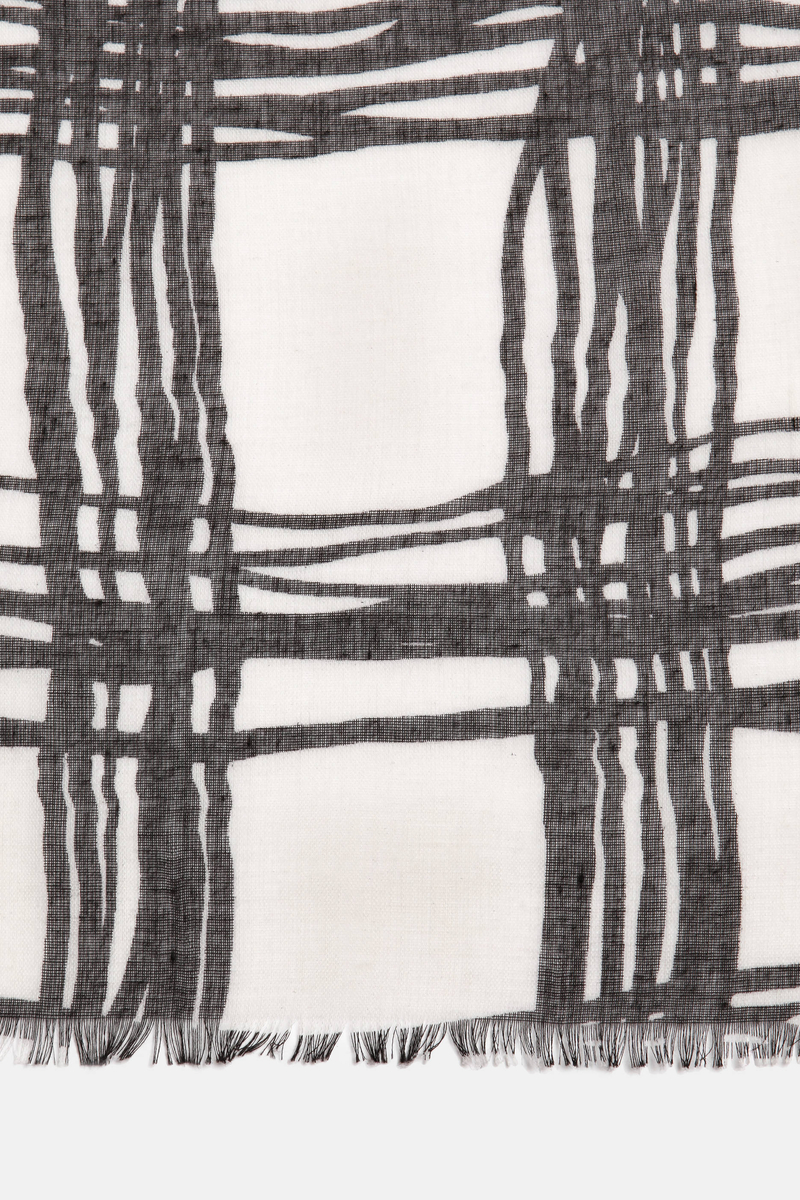 Keffiyeh scarf in a checked fabric image number null