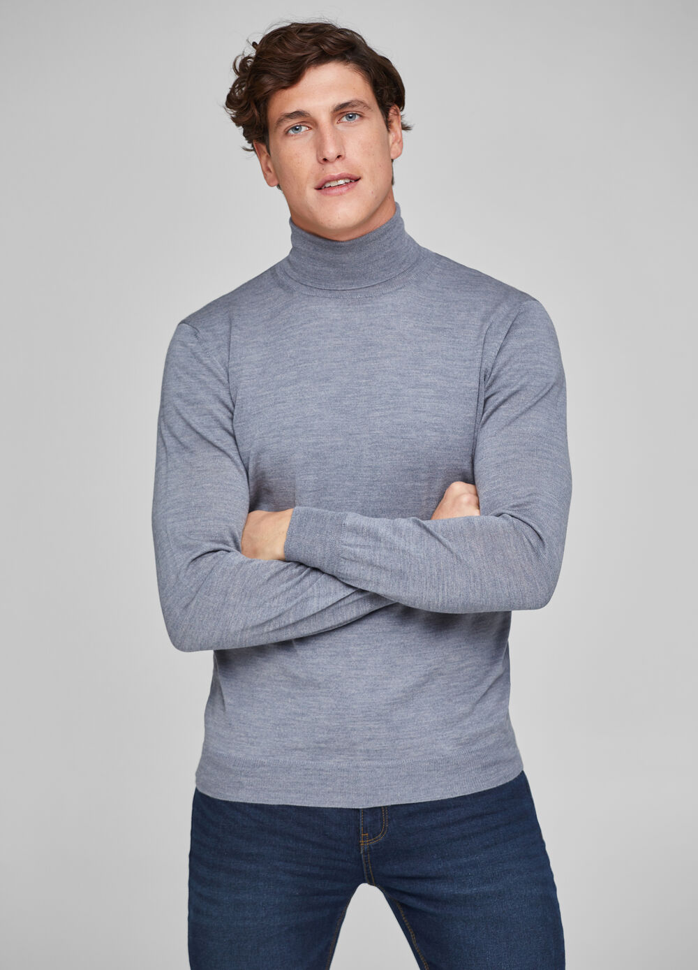 100% merino wool pullover with high neck