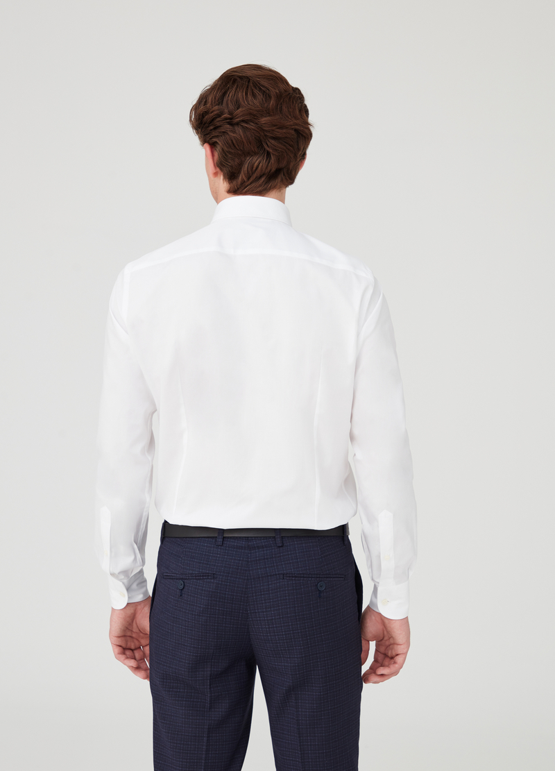 Slim-fit pin-point shirt with cut-away collar image number null