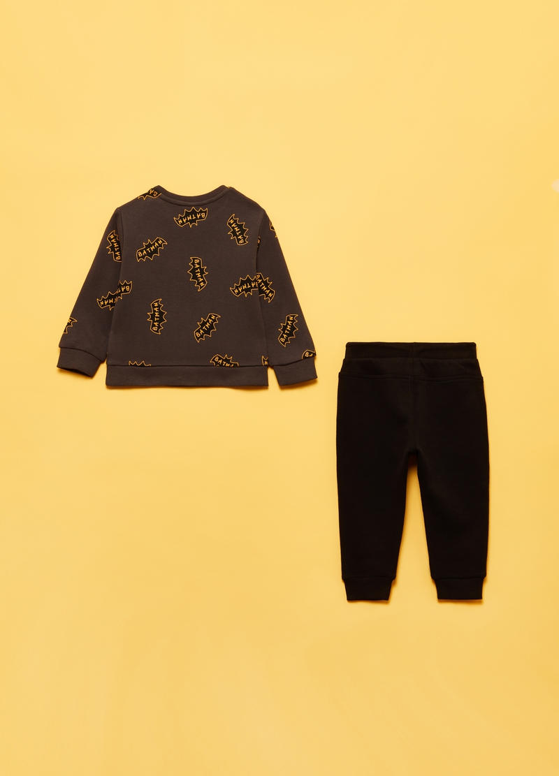 Sweatshirt and trousers jogging set with Batman pattern image number null