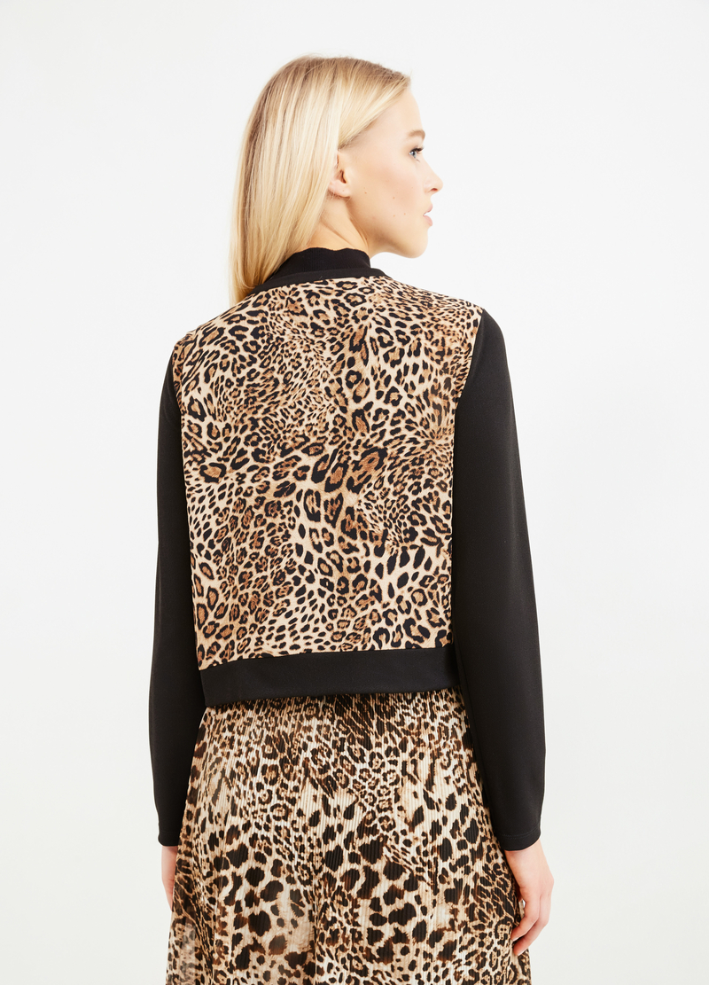 Stretch animal print blazer image number null