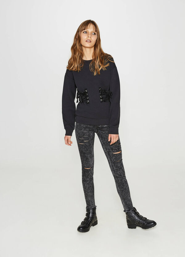 Mis-dyed effect ankle-fit jeans | OVS