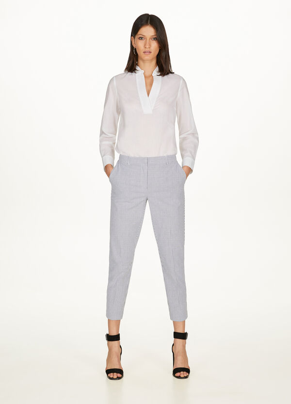 Cropped trousers with striped crease