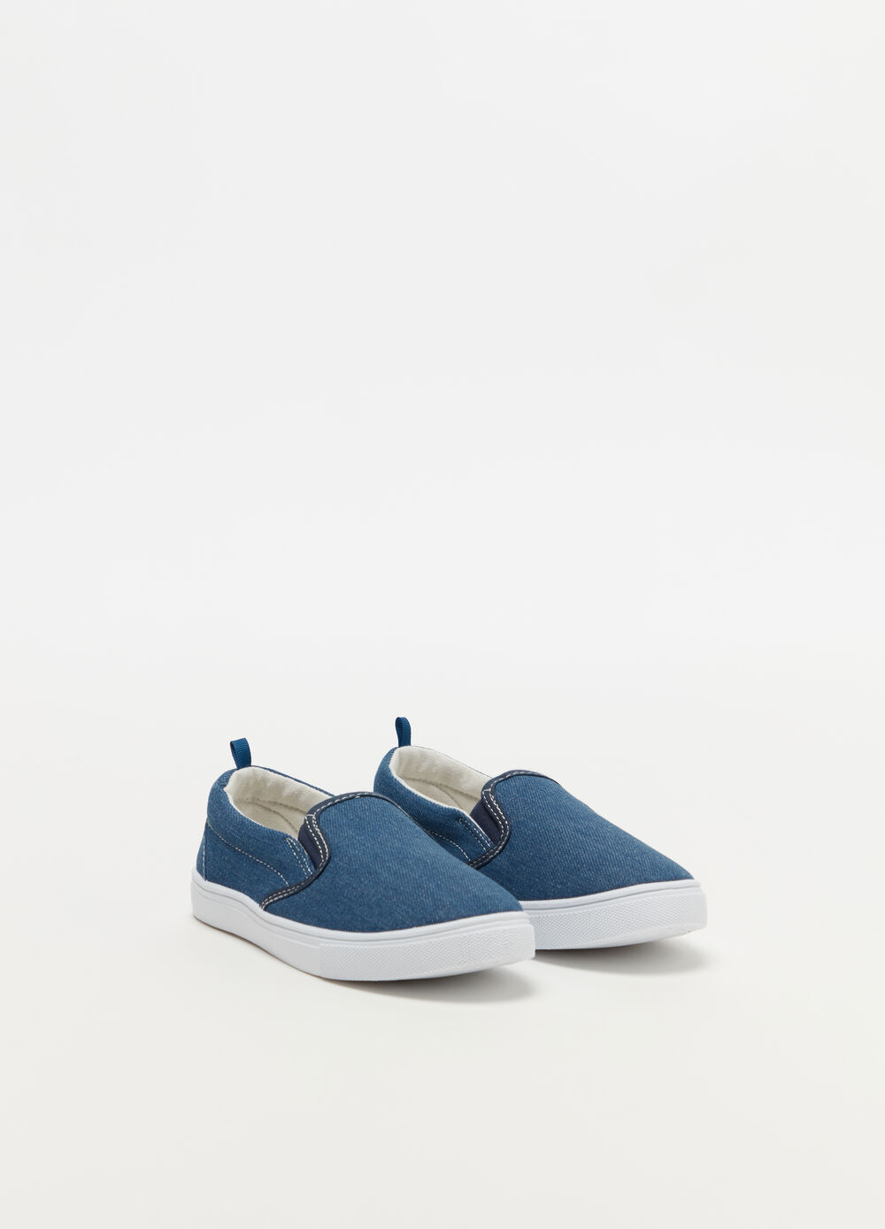 Solid colour denim slip-ons