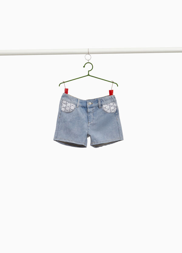 Stretch mis-dyed shorts with lace
