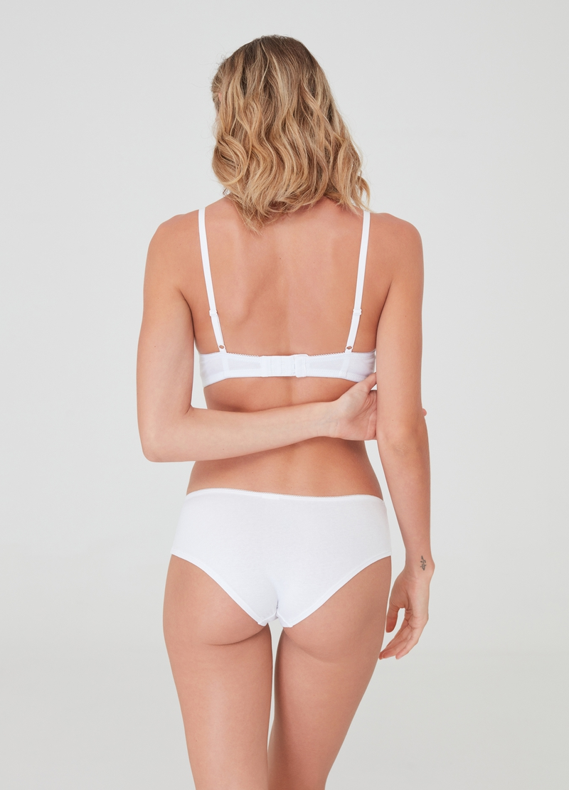 The Triangle natural-effect bra image number null