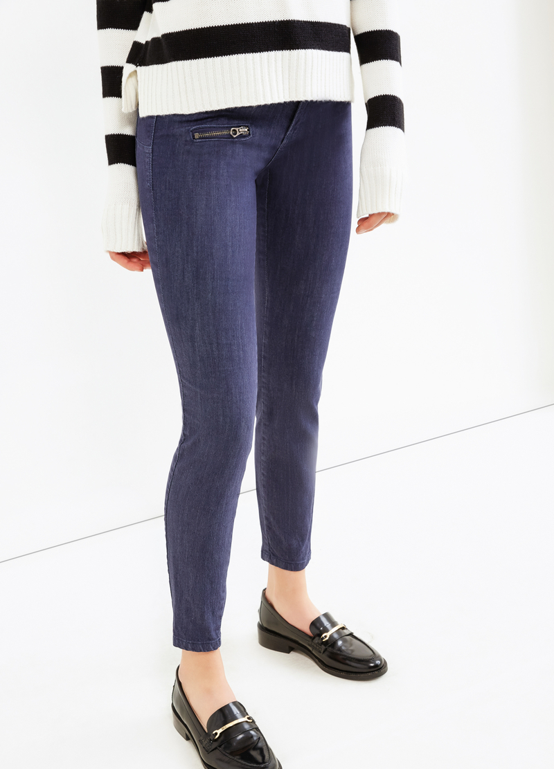 Stretch trousers with pockets and zip image number null