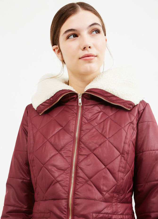 Solid colour down jacket with fur lining