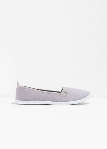 Canvas slip-on shoes with contrasting sole
