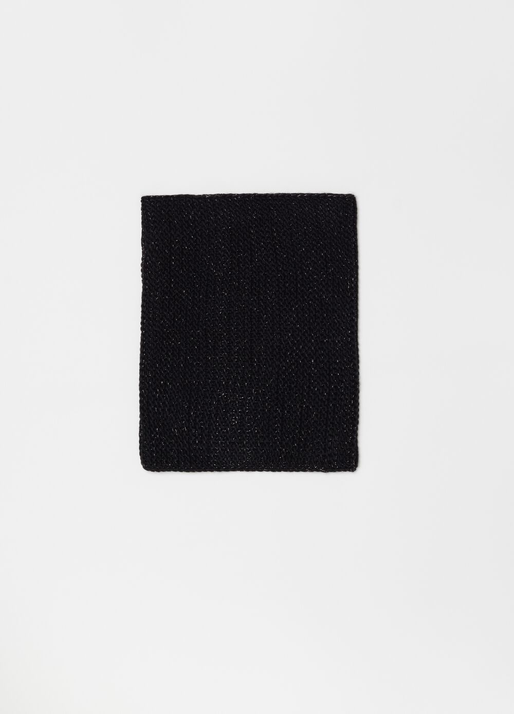 Knitted neck scarf with lurex