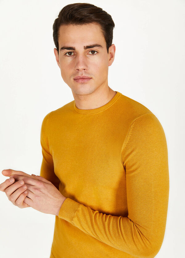 Solid colour cotton blend pullover