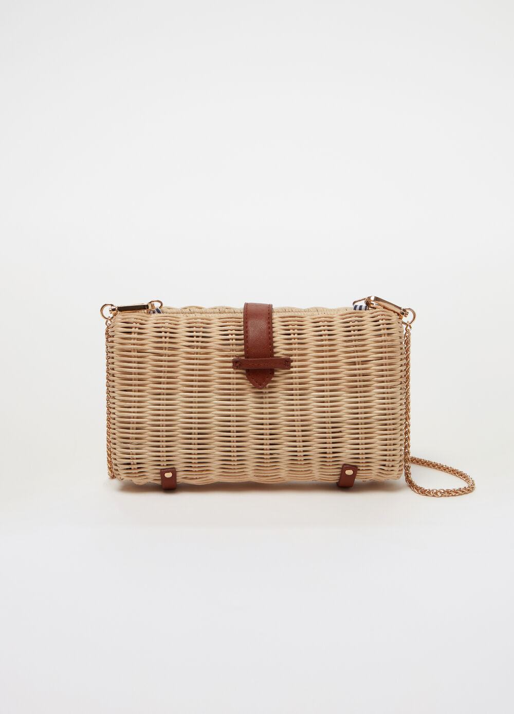 Woven clutch bag with chain