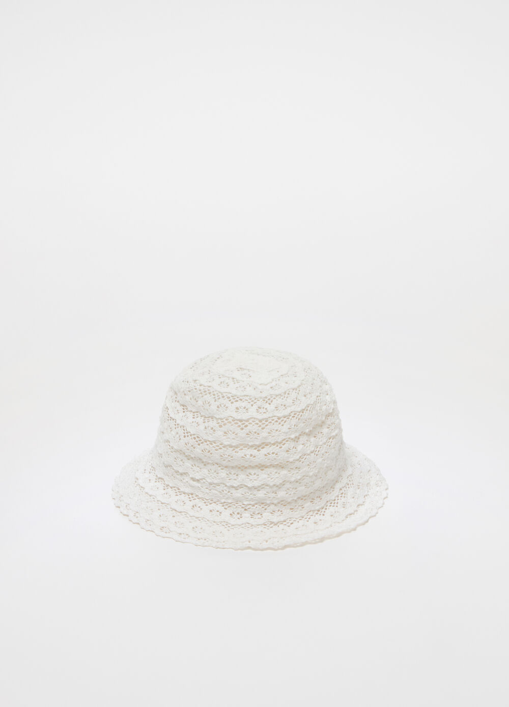 Lace-effect cloche hat