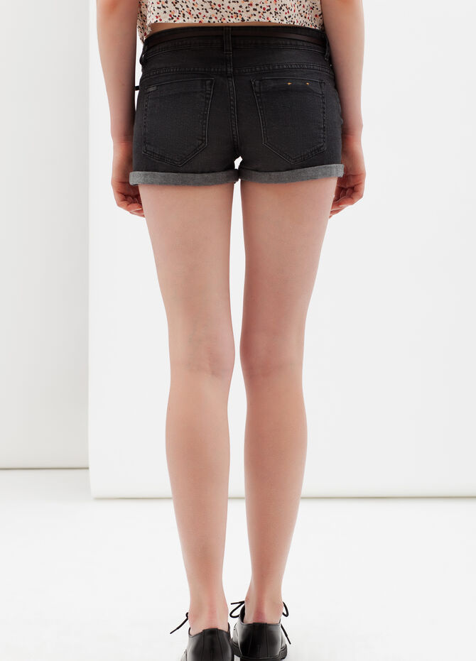 Stretch shorts with turn-up