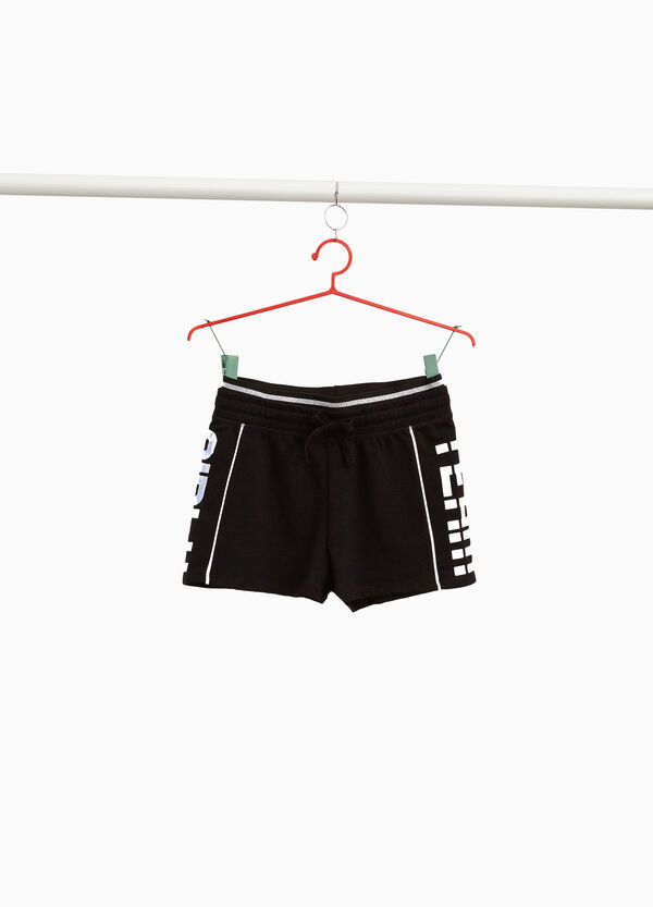 100% cotton shorts with lettering print