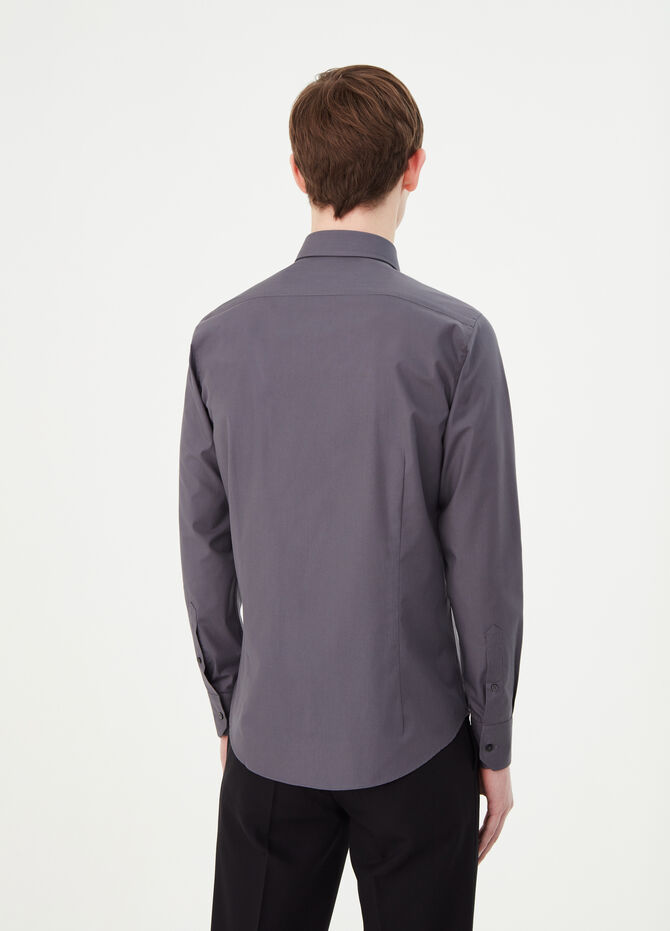Solid colour slim-fit formal shirt