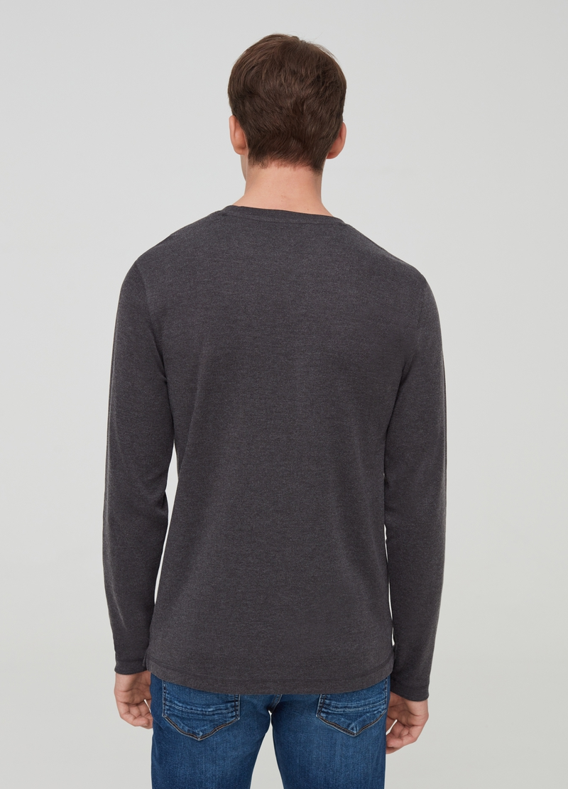 T-shirt in misto cotone maniche lunghe image number null