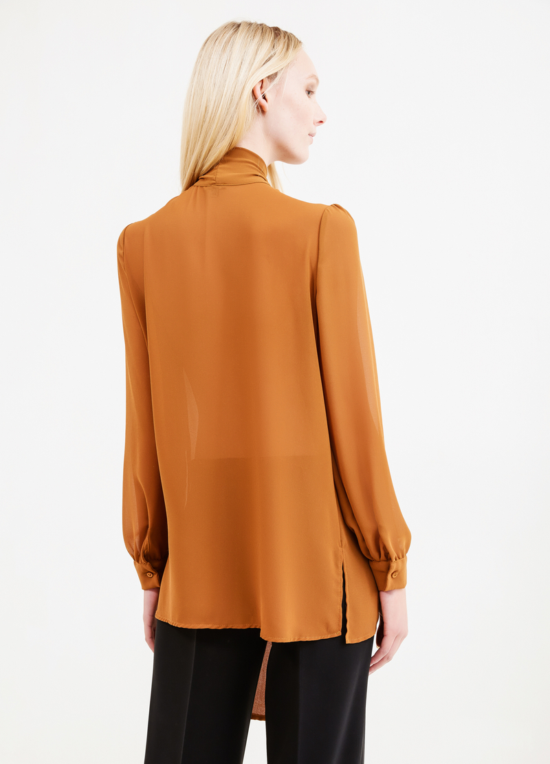 Solid colour blouse with bow image number null