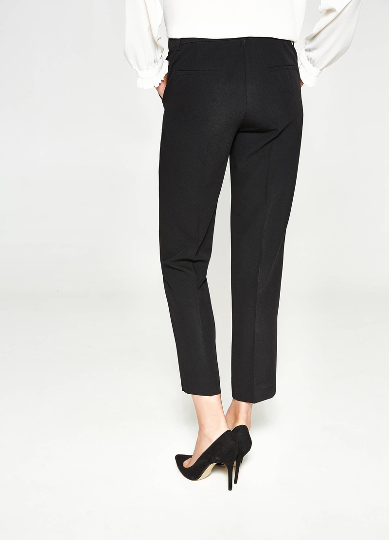 Stretch trousers with crease image number null