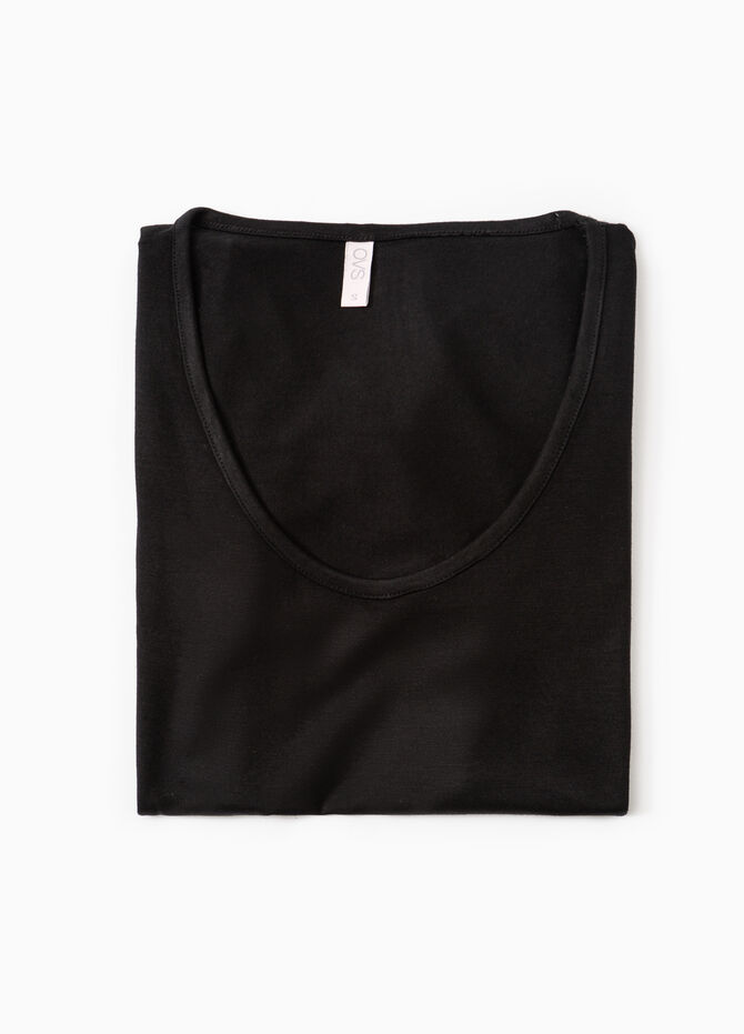 Stretch undershirt with lace