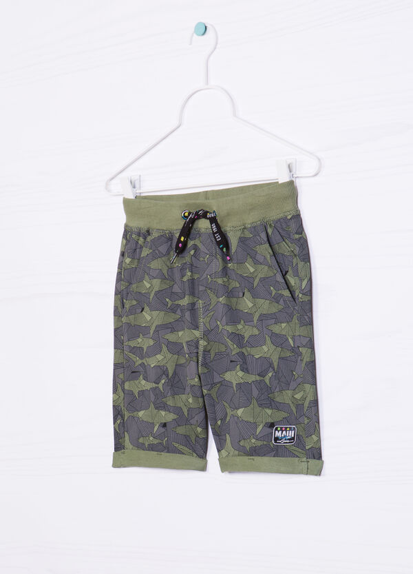 Bermuda shorts in 100% cotton with shark pattern | OVS