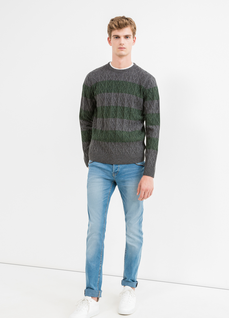 Pullover pura lana fantasia a righe image number null