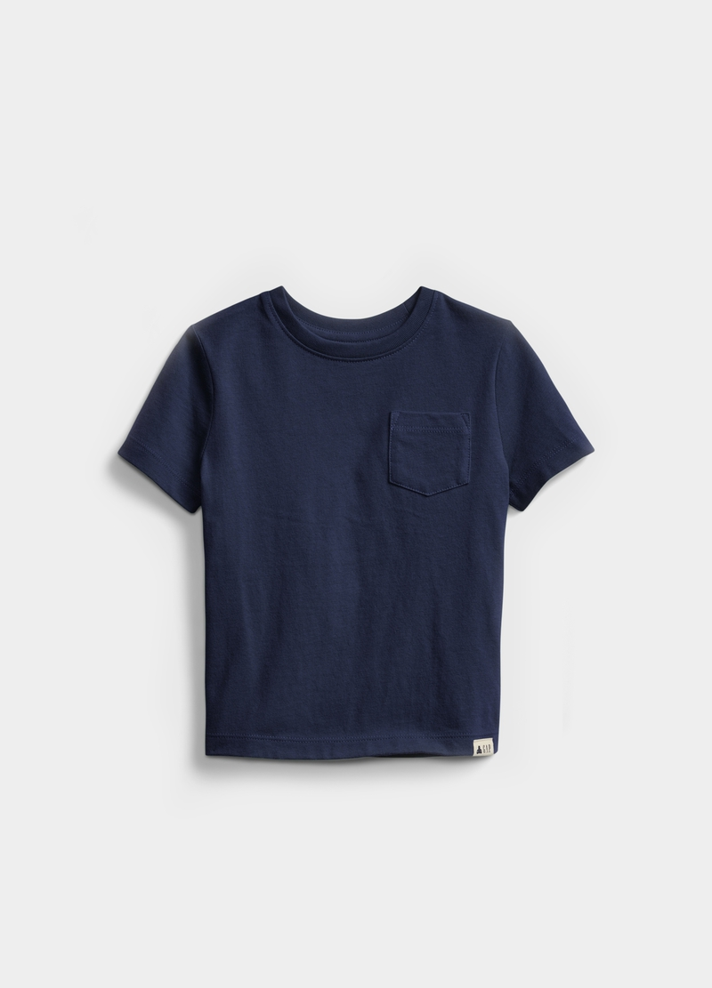 GAP solid colour T-shirt with pocket image number null