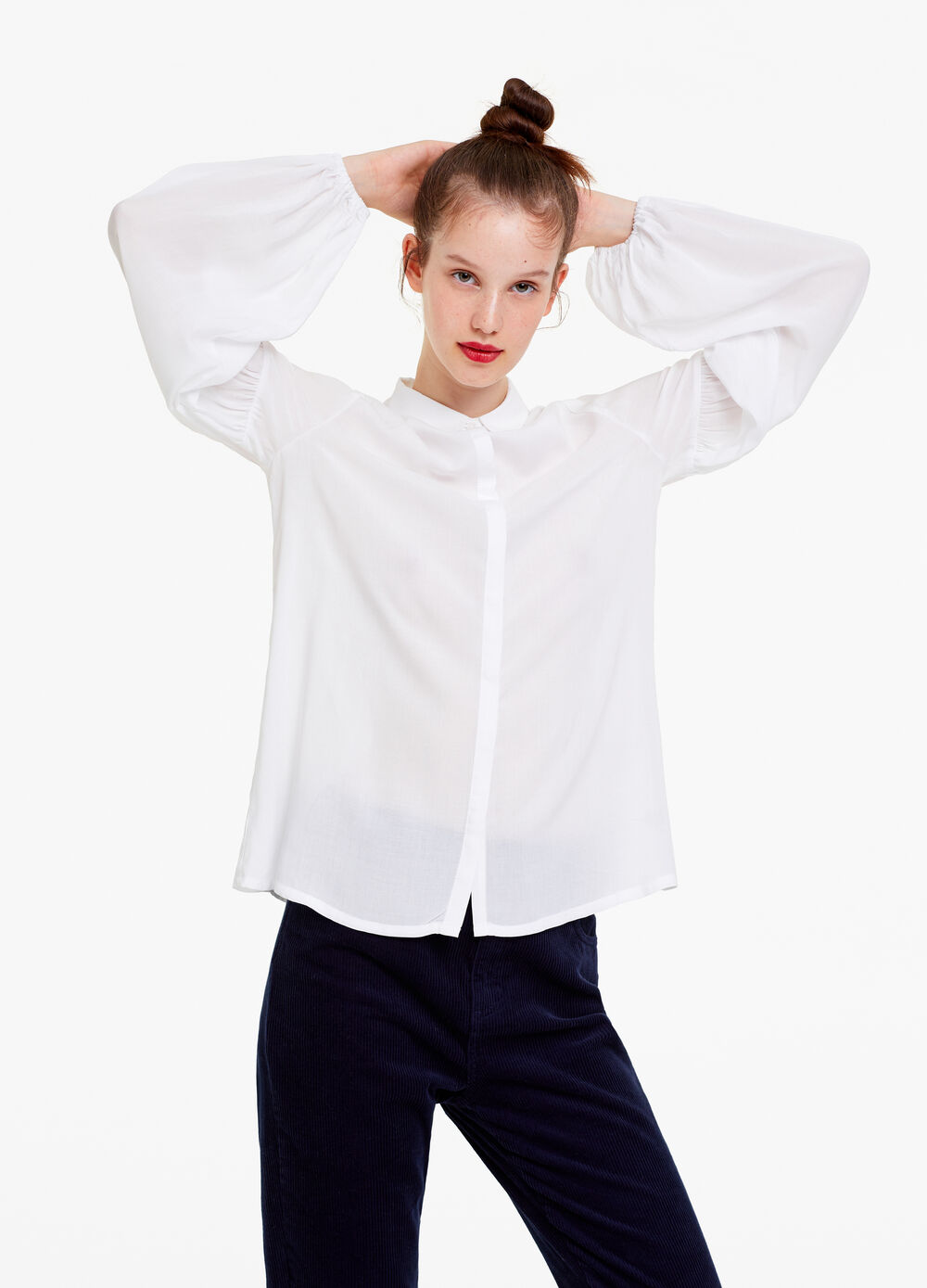 Shirt with bell sleeves