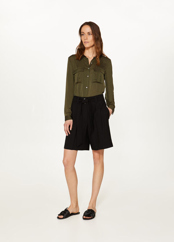 Viscose blend wide shorts with belt
