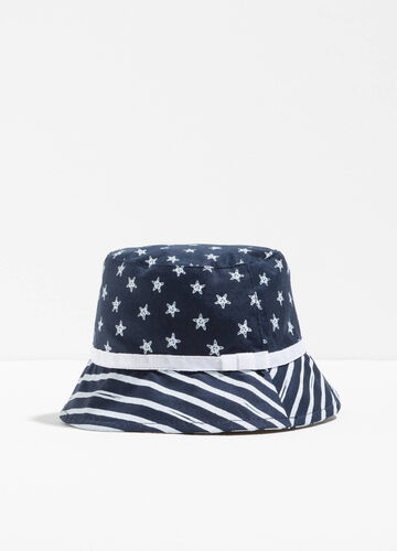 Fishing hat with stripes and stars