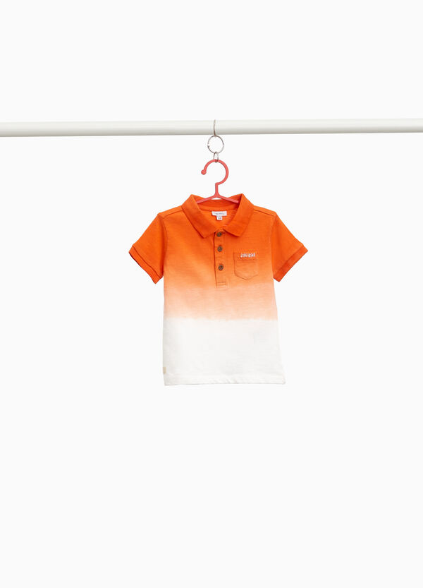 100% cotton degradé polo shirt with printed lettering
