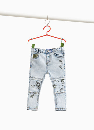 Misdyed-effect jeans with print
