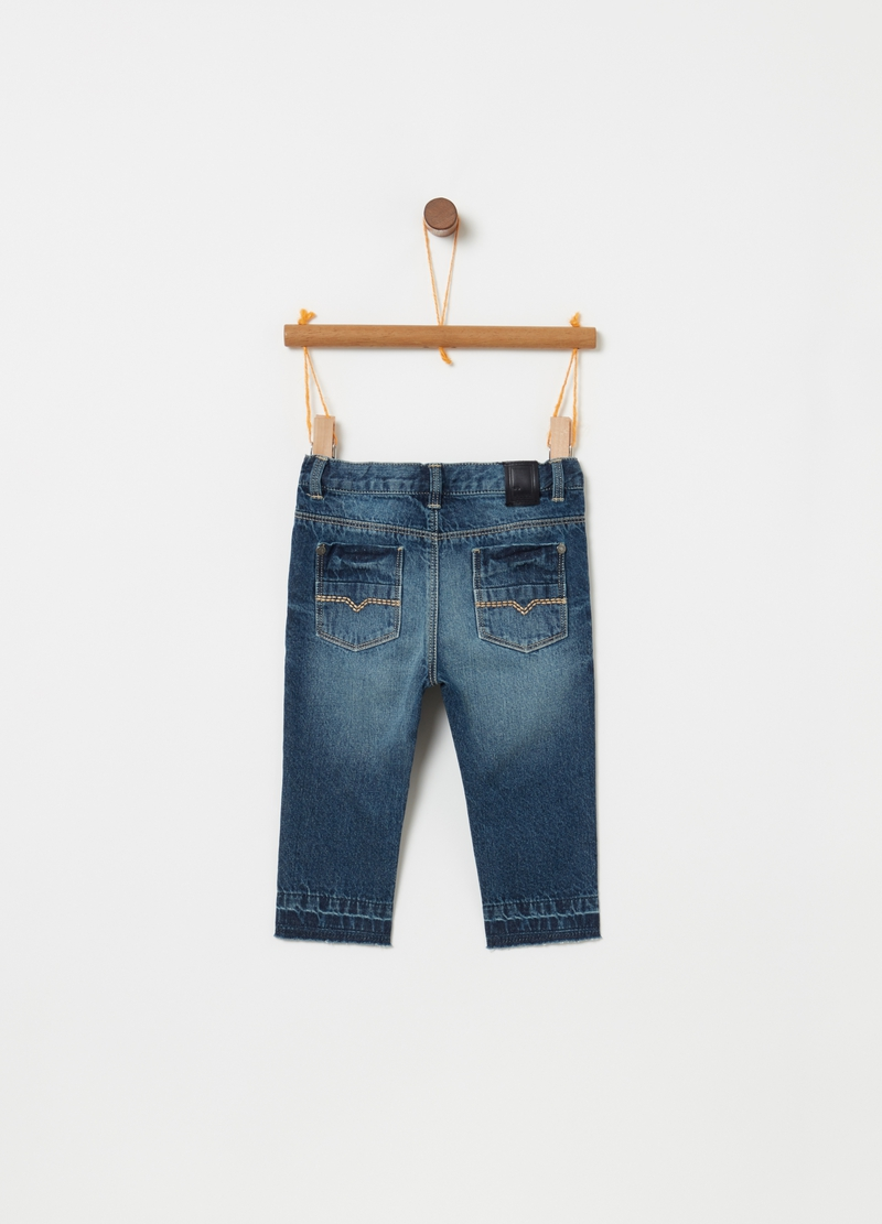 Jeans regular fit con stampa lettering image number null