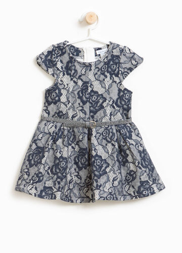 Dress in lace with floral embroidery