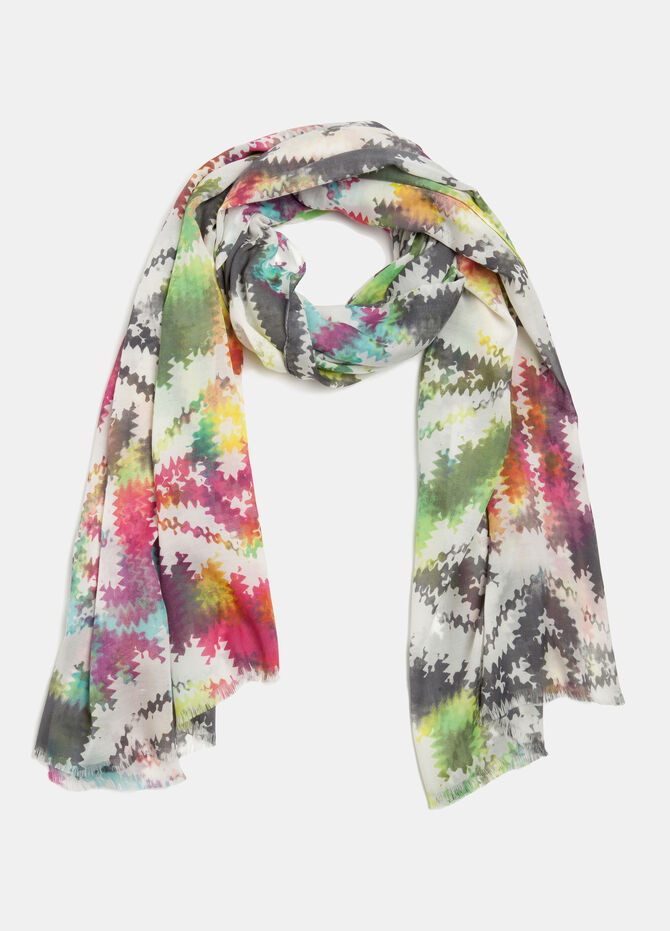 Multi-coloured scarf with geometric design