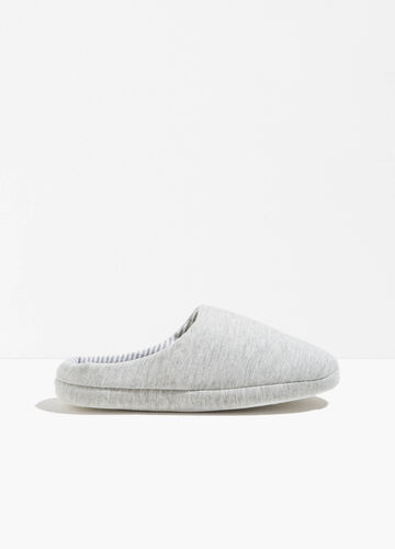 Canvas slippers with striped sole