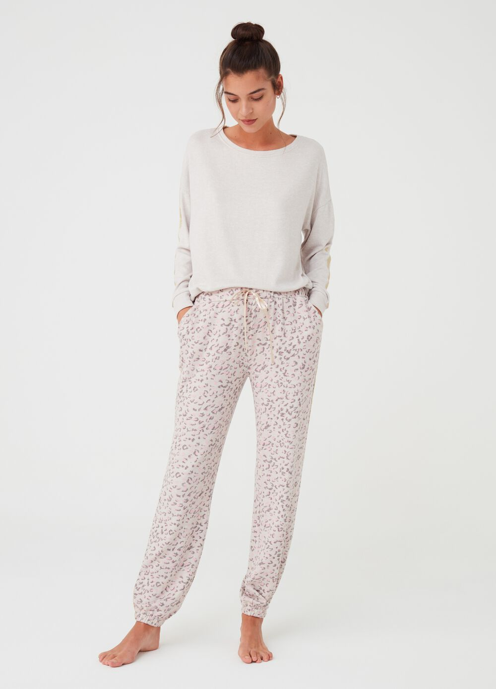 Pyjama trousers with animal print pattern