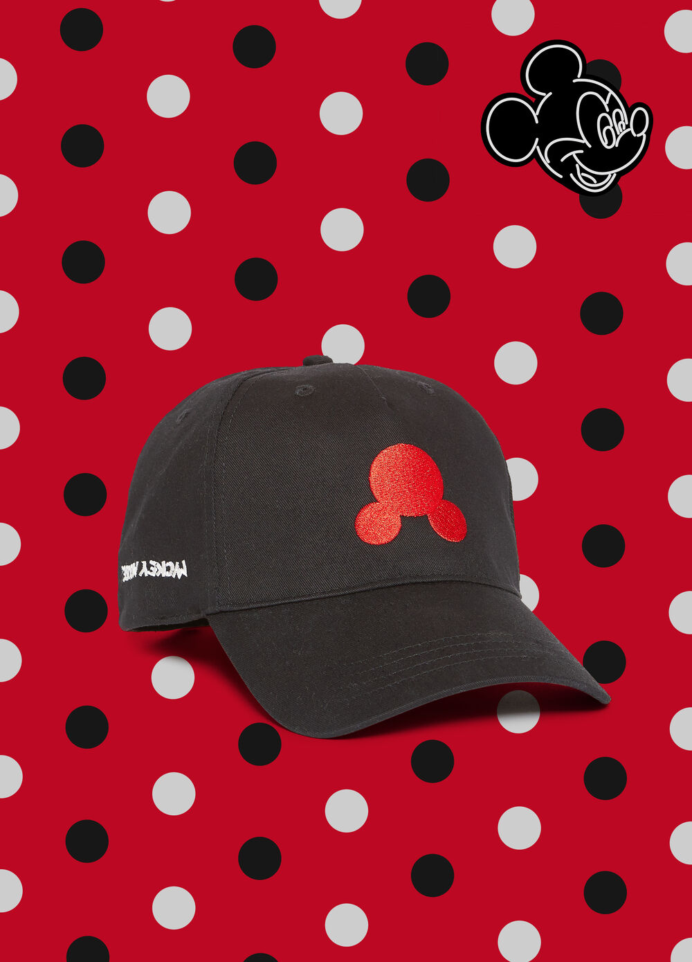Baseball cap with Mickey Mouse embroidery