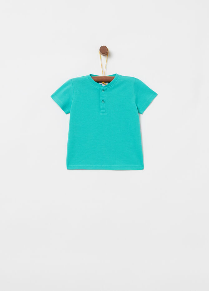 100% cotton T-shirt with round ribbed neck