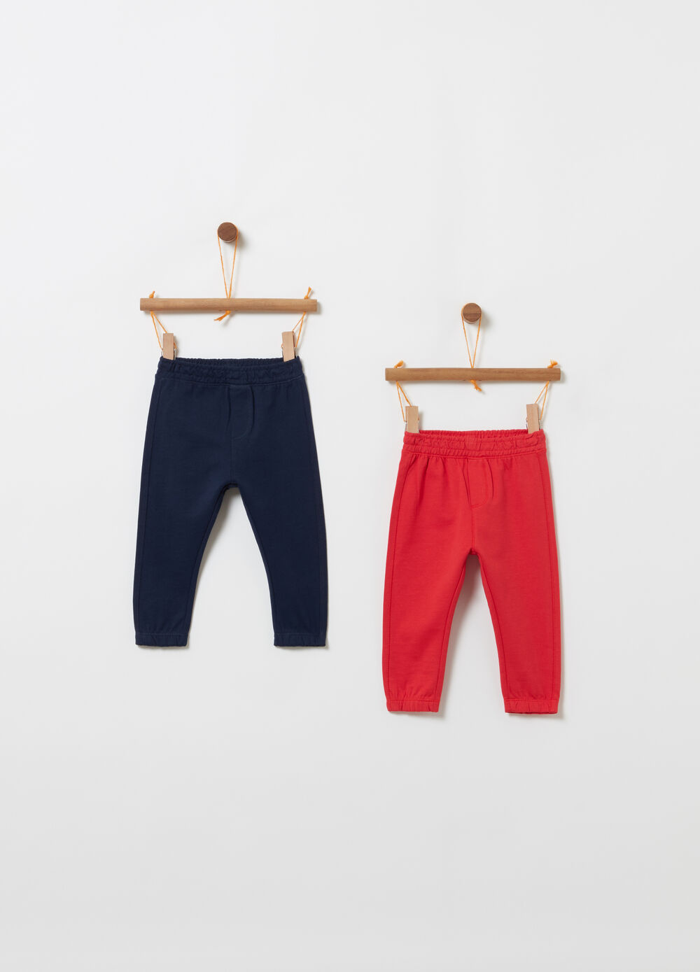 Two-pack solid colour trousers in 100% cotton