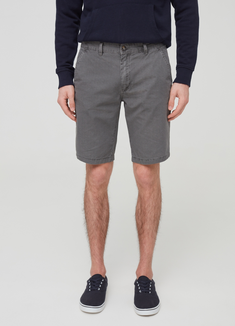 Chino Bermuda shorts with check pattern image number null