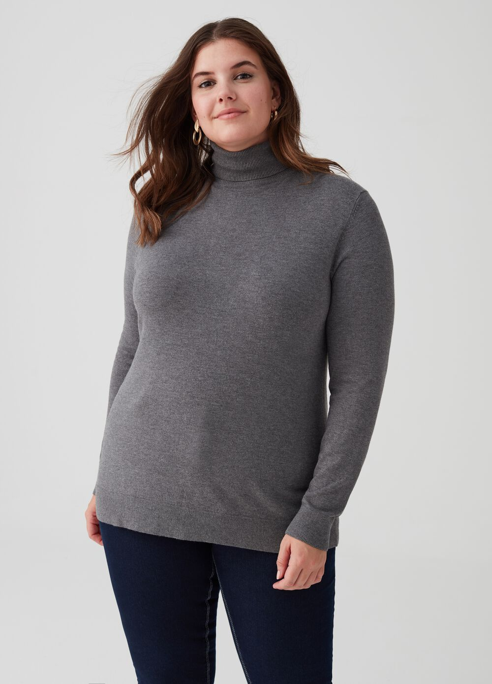 Curvy stretch pullover with high neck