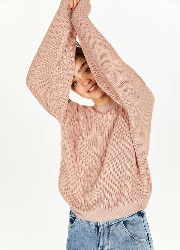 Knit pullover with wide sleeves