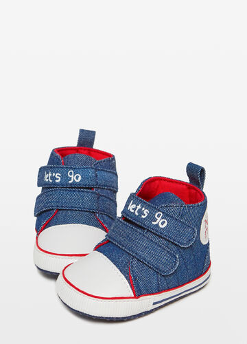 Jeans-effect sneakers with rips